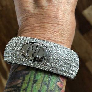 Stunning H-D Bangle Bracelet